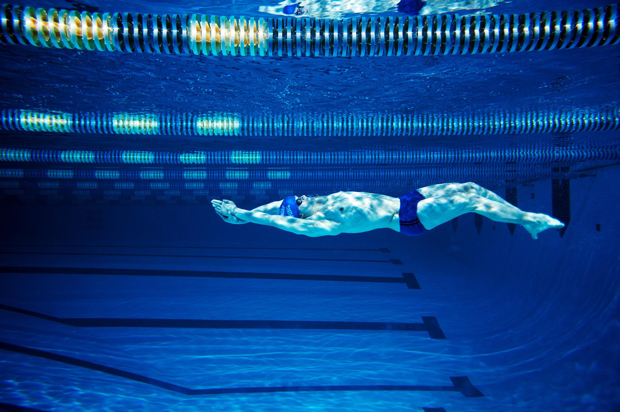 pool-under